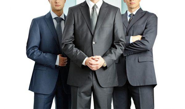 40代が着るスーツに求められる4つの条件とは?色・柄・フィット感まで徹底解説