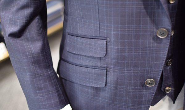 スーツのチェンジポケットって何?気になるディテールを解説