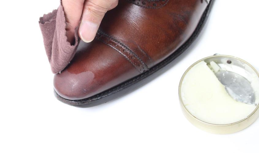 靴鏡面磨き002