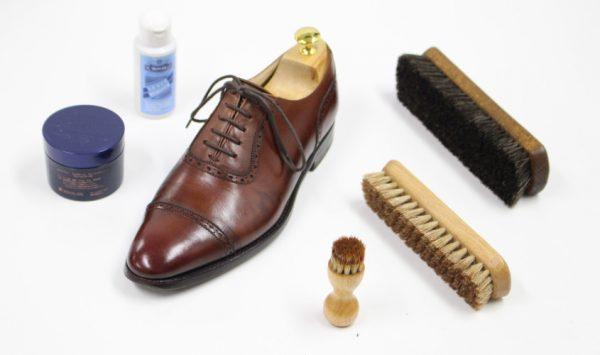 初級編 | 靴の手入れに必要な道具と手順