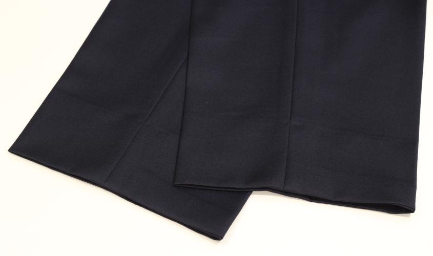 スラックスとパンツの裾上げ種類