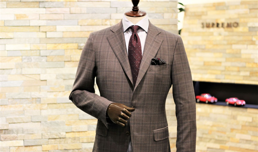 ブラウンのスーツコーディネイト