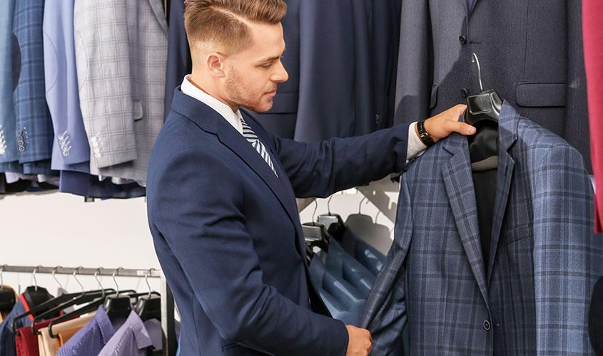 既製品のスーツのデメリットとメリット