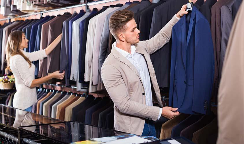 スーツの買い替えの時期