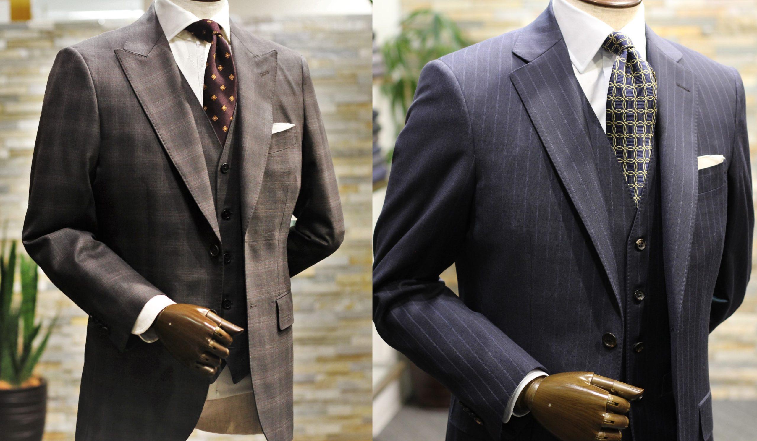 スーツと同色のネクタイ