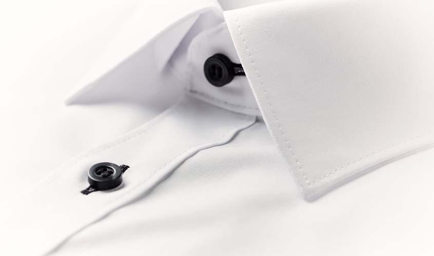 就活用の白シャツを選ぶ際の注意ポイント