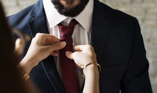 ネクタイの選び方  |  色?柄?最も大事なのはネクタイの『幅』