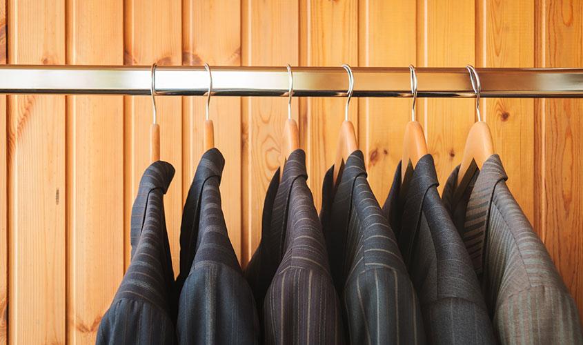 スーツの保管方法