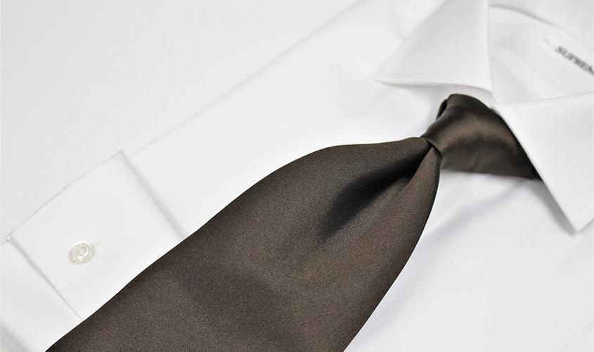 ブラウン茶系のネクタイの意味