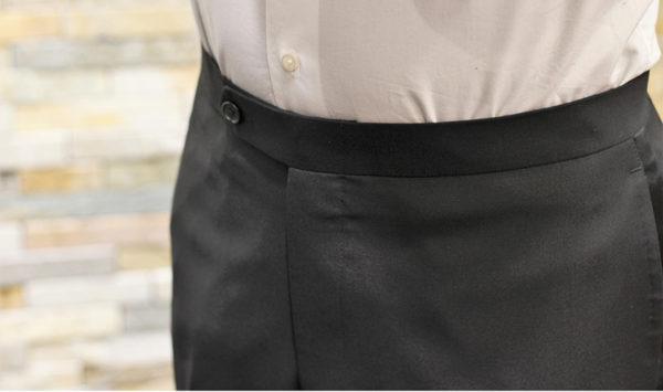スーツのベルトはなしでも大丈夫?パンツの種類で正しく着よう