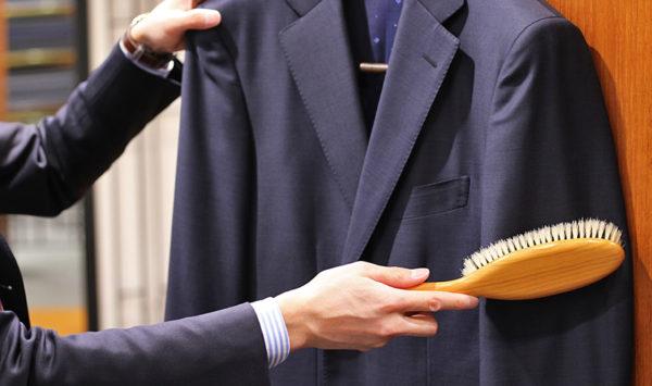 在宅勤務の方へ | スーツの保存状態は大丈夫ですか?