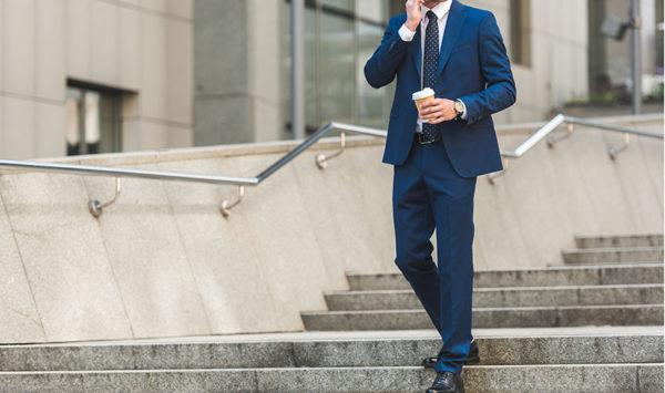 ブルースーツの着こなし術 | シャツやネクタイの合わせ方