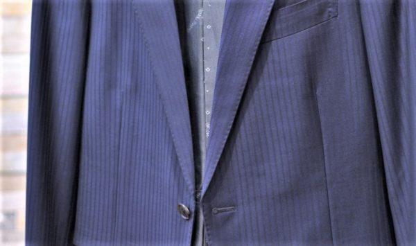クリーニングでつぶれたスーツのラペル(衿)をアイロンで復活